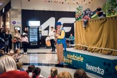23795429_1511066638941195_275843962612546523_nTeatr Lalek PINOKIO www.pinokiosacz.pl Animacje dla dzieci, imprezy dla dzieci, Spektakle dla dzieci, warsztaty dla dzieci, Animatorzy, kl