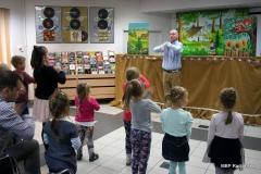 IMG_0219 Teatr Lalek PINOKIO www.pinokiosacz.pl Animacje dla dzieci, imprezy dla dzieci, Spektakle dla dzieci, warsztaty dla dzieci, Animatorzy, klaun , myszka miki, smerfy